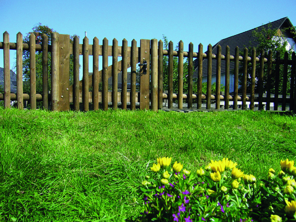 Senkrechtzaun: Senkrechtfelder ohne Pfosten; 120 x 250cm